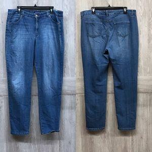 Bandolino Caroline Slim Medium Wash Jeans A